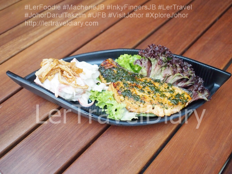 (5) Grilled Salmon Basil Teriyaki Set 香煎罗勒红烧三文鱼套餐RM21.90 Grilled Salmon With Basil Teriyaki Sauce
