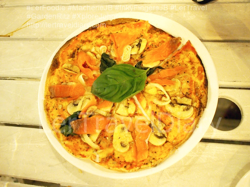 Smoked Salmon Pizza RM21.80. Mr. Ang's favourite pizza among 4 pizza. Although he is cheese lover, he prefer to this simple pizza. It just focus on the smoked salmon and button. mushroom.