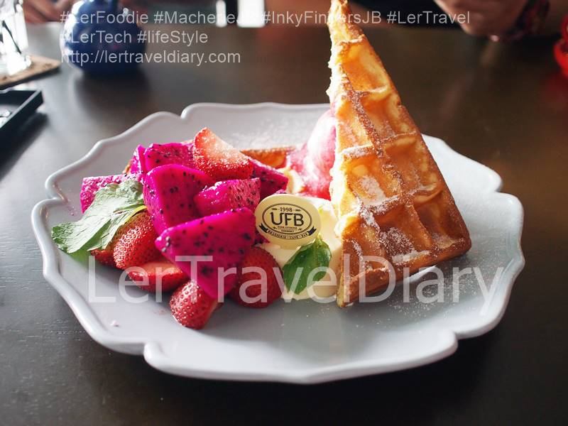 Classic Waffle with Mixed Fruit and Pana cotta RM21.90
